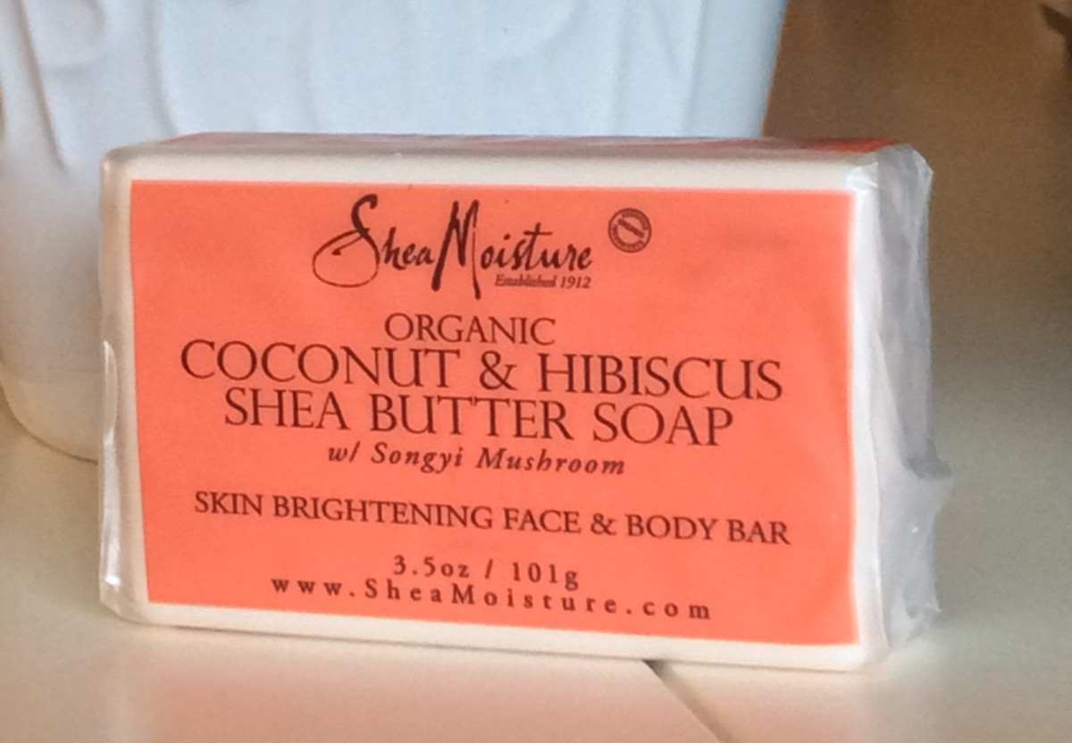 Product Rave: SheaMoisture's Organic Coconut & Hibiscus Face & Body Bar